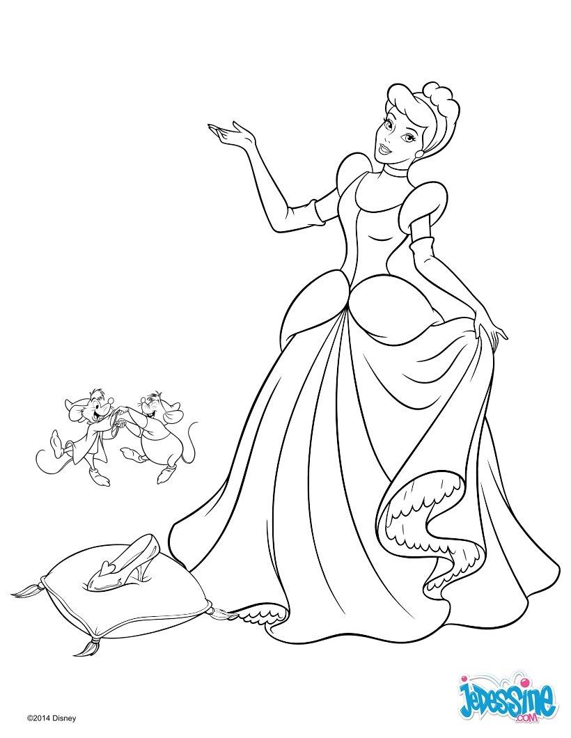 coloriage à dessiner cendrillon blanche neige