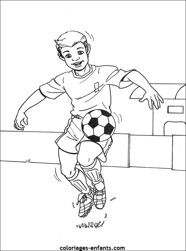 Coloriage Terrain De Foot.20 Dessins De Coloriage Football A Imprimer