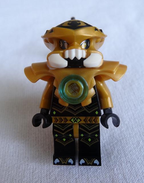 11 dessins de coloriage lego chima scorpion imprimer - Lego chima a colorier ...