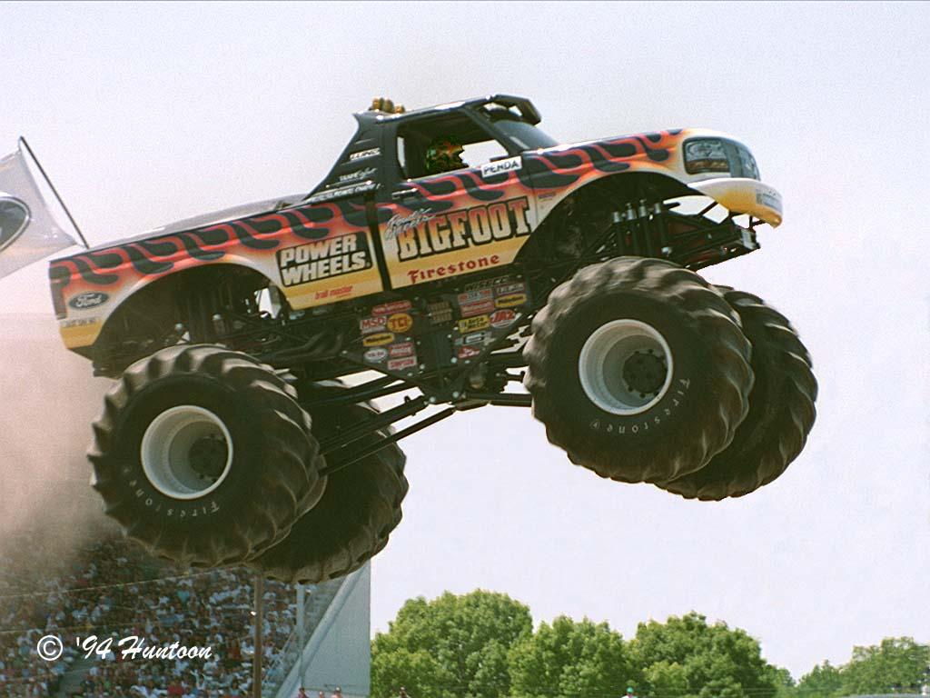 coloriage à dessiner monster truck imprimer